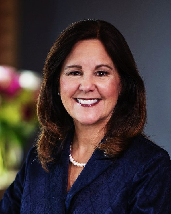 Karen Pence weight loss photo