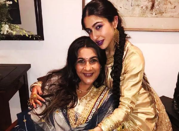 Sara Ali Khan after weight loss photo with mom