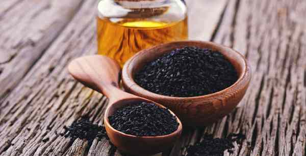 What is Black Seed Oil Good For  And how Black Seed Oil reduce weight